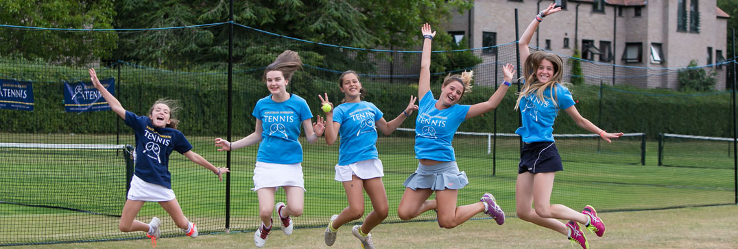 Ragazze all' Oxford Tennis Camp